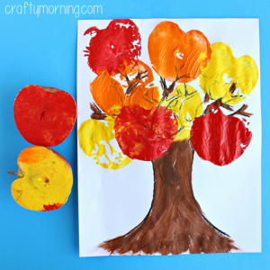 apple-stamping-tree-craft-for-kids (1)