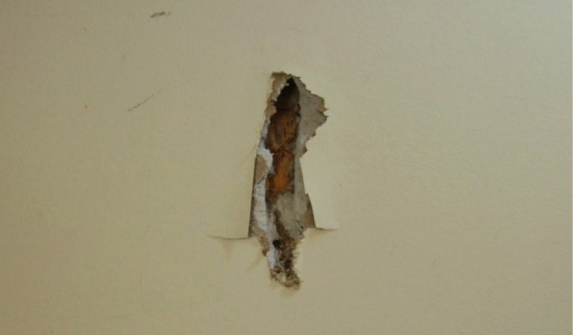 Easy Diy Drywall Repair For Holes And Cracks Craft Like